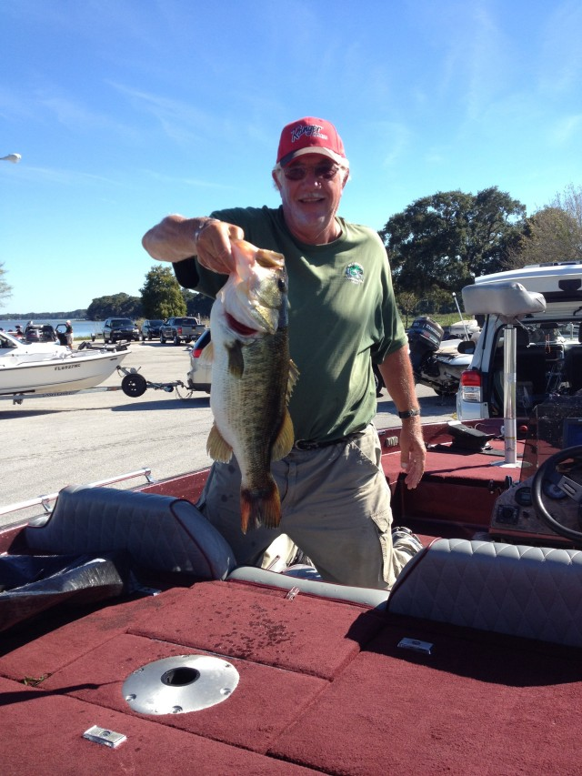 Stan Lippian Oct 2014 7.64 lbs Caught  On A Toad Harris Chain