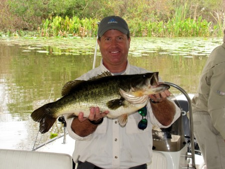Bruce Gover and 10-lb, 9-oz Bass