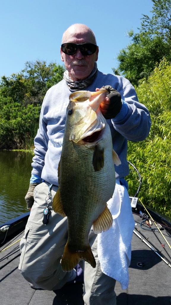 Wayne Barksdale 11.2 lbs Jig Fish
