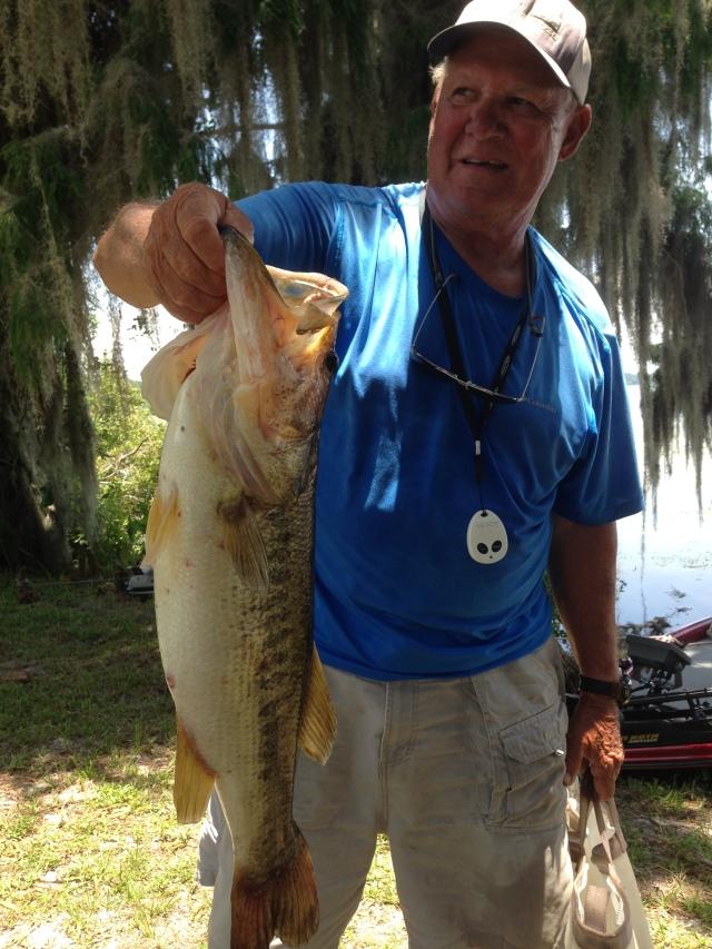 "Larry ""Mac"" McConnell's Rousseau Big Bass 7.37 Caught 6/23/15"